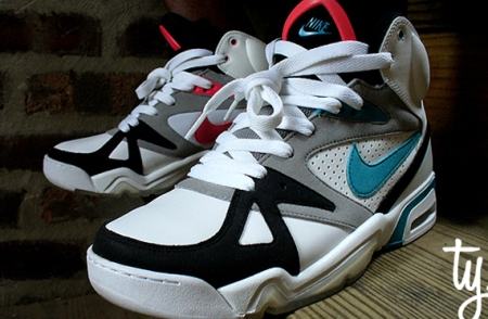Nike Air Hoop Structure - Original Structure Triax Colorway
