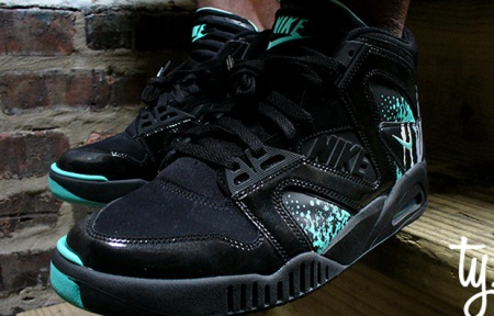 Nike Air Tech Challenge Hybrid Black/Tiffany